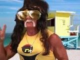 Can Hulk Hogan Pull Off A Snooki Poof?   #ChallengeHulk