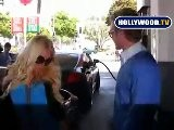 Does Heidi Montag Know How Too Pump Gas?