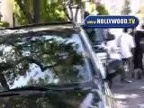Eva Longoria Helps A Pap Up!