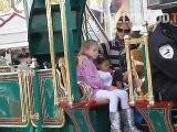 Heidi Klum Takes Kids On Trolley Ride