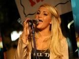 Jamie Lynn Spears Goes Country