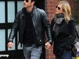 Jennifer Aniston Pregnant With First Child