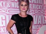 Kelly Osbourne Earns Her Fashion Critic Credentials
