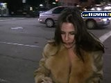 Kelly Monaco Can Walk AND Sign Autographs