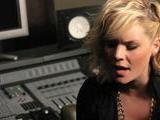 Kimberly Caldwell &ndash Desperate Girls & Stupid Boys Acoustic