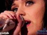 Katy Perry Disses Beyonce&#039 S Duet With Shakira