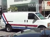 Kourtney Kardashian, Scott Disick, Y Mason Kardashian-Disk Camina En Beverly Hills
