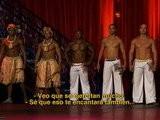Q' Viva The Chosen Españ Ol El Grupo De Capoeira Recibe Una Ovació N De Pie