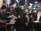 Jennifer Love Hewitt Besieged By Autograph Seekers At Pantages