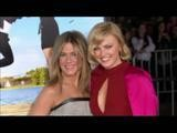 Red Carpet Minute: Jennifer Aniston At Wanderlust Premiere