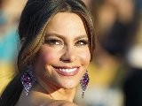 Sofia Vergara&#039 S Esquire Spread Fuels Feud With Salma Hayek