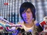 Sina Entertainment 萧敬腾解释春晚 破音 都是感冒惹的祸