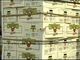 Store Donates Apples