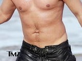 TMZ On TV John Stamos&#039 Deformed Belly Button