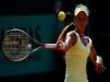Lauren Davis Defeats Barthel