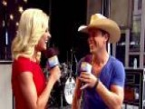 Dustin Lynch Talks Chart-topping Summer