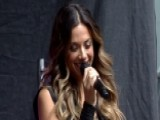 Jana Kramer Performs 'I Got The Boy'