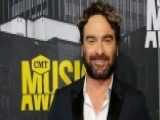 'Big Bang' Star Johnny Galecki: 'Political System Is Broken'