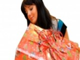 5 Waysto Boost Your Holiday 0000000F Shopping Budget 00004000