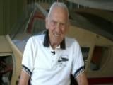 92-year-old WWII Pilot Makes Emergency Landing