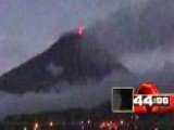 Around The World: Throat Of Fire Erupts In Ecuador