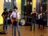 Aaron Watson Performs 'Run Wild Horses'