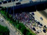 Anti-violence Protesters March Onto Chicago Freeway