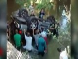 Brave Bystanders Save Teens Trapped In Submerged SUV