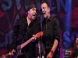 Bruce Springsteen Surprises Fans