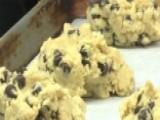 Bakery Sends Cookies To Troops Overseas