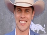 Dustin Lynch On The One Benefit Of Streaming Music Services