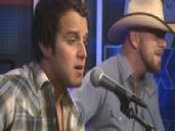 Easton Corbin Performs 'Loving You Is Fun'