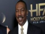 Eddie Murphy Poses In Christmas Photo With All 10 Of His Kids
