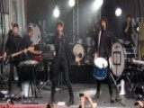 For King & Country Perform 'Fix My Eyes'