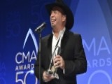 Fox411 Country Backstage With CMA Winners