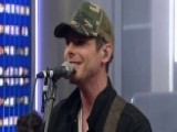 Granger Smith Performs 'Backroad Song'