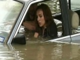 How To Survive A Flood When You're Trapped In Your Car