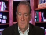 Huckabee: Clinton Would Be The Most Distracted President
