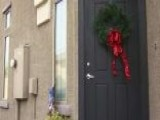 Homeowners' Association Bans Outdoor Christmas Decorations