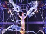 It's Electric! David Blaine Completes High-voltage Stunt