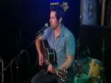 JT Hodges Sings 'Hunt You Down'