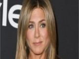 Jennifer Aniston Tells Ellen DeGeneres About Her Nude Habit