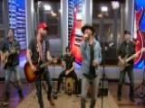 LOCASH Performs 'I Love This Life'