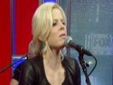 Megan Hilty Sings
