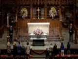Mourners Line Up To Pay Respects To Barbara Bush
