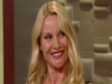 Nicollette Sheridan Finds 'The Christmas Spirit'