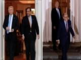 NJ Governor Christie, Former NYC Mayor Giuliani Meet With Trump