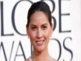 Olivia Munn's Swinging Video