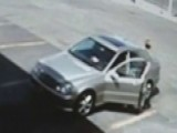 Polic 00006000 E Search For Good Samaritan Who Aided Ambushed Cop