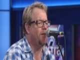 Pat Green Sings 'While I Was Away'
